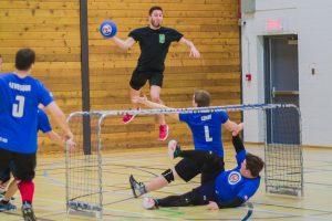 Joueurs de DBL Ball en action